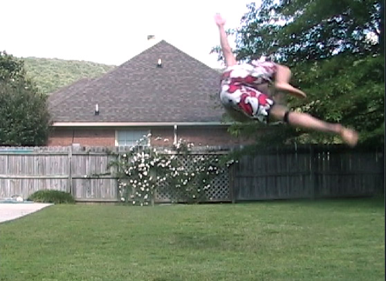 Jujimufu, tricking, backyard